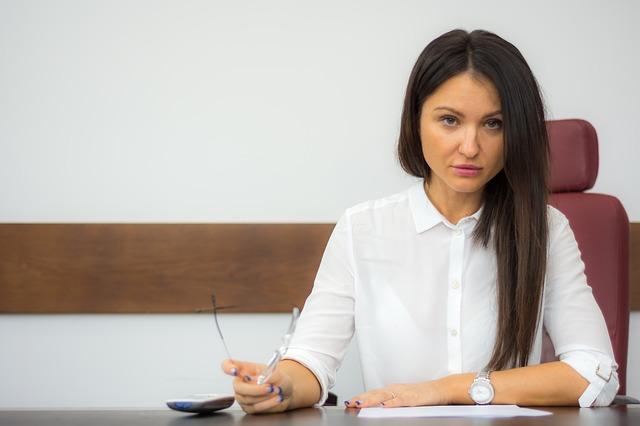 Darmowe porady prawne – dla kogo i w jakiej sytuacji?